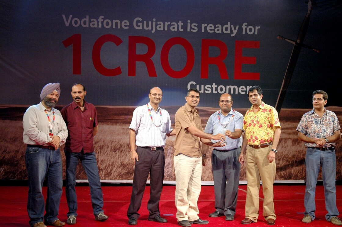 VODAFONE 1 CRORE CUSTOMER