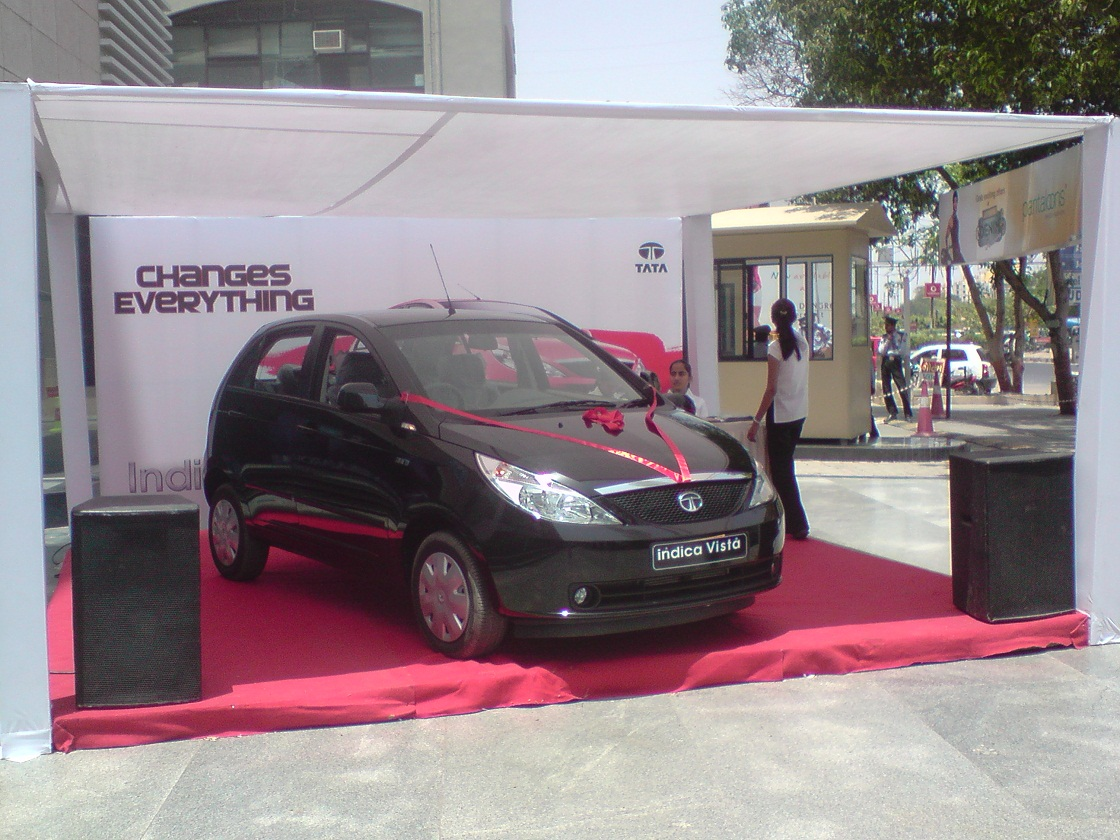 TATA INDICA – MALL ACTIVITY